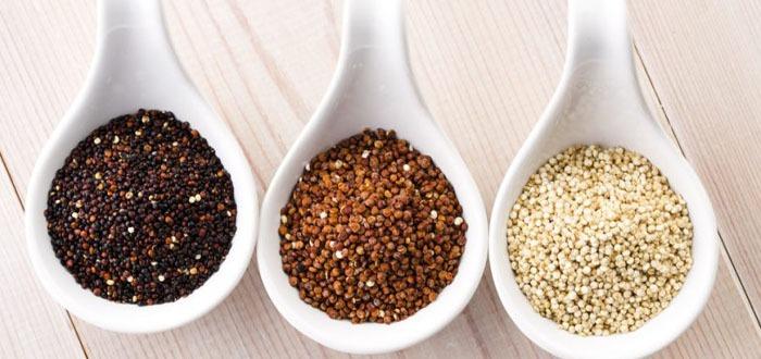 La quinoa o quinua (nombre que deriva de kinwa del idioma quecua), es una semilla con características únicas al poder consumirse como un cereal, por eso, la llamamos también pseudocereal